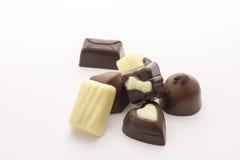 在空白背景查出的巧克力糖 关闭 免版税图库摄影