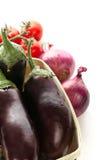在空白背景查出的新鲜蔬菜 免版税库存照片