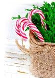 在空白背景的圣诞节装饰 免版税库存图片