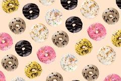 在空白背景的多福饼 免版税图库摄影