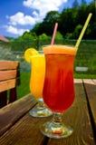 在空白背景的果子cocktail.isolated 免版税库存照片