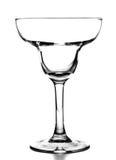 在空白背景的空的玛格丽塔酒鸡尾酒杯 免版税库存照片