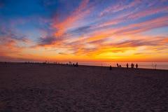 在空的海滩的惊人的日落,鳕鱼角,美国 免版税库存照片