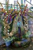 在穿戴时间的井的Malvhina喷口 免版税库存照片