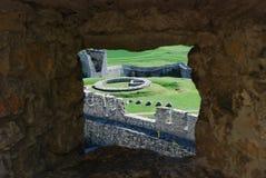 在窗口外面的看法在城堡斯洛伐克 免版税库存图片