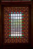 在窗口彩色玻璃里面的城堡 免版税图库摄影