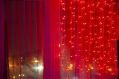 在窗口的圣诞节装饰诗歌选 库存图片