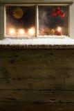 在窗口36的圣诞节装饰 库存照片