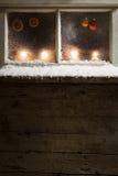 在窗口31的圣诞节装饰 库存图片