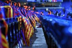 在立场的巴塞罗那足球俱乐部旗子 免版税库存照片