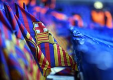 在立场的巴塞罗那足球俱乐部旗子 免版税库存图片