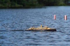 在竞争的遥控标度船 库存照片