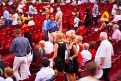 在竞技场二维罗纳,意大利的观众 免版税库存图片