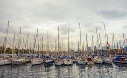 在端口Vell的游艇,巴塞罗那 免版税库存图片