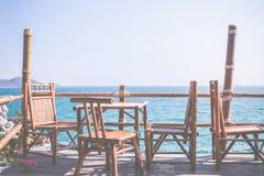 在竹小屋的大阳台 免版税库存照片