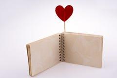 在笔记本的心脏 免版税库存图片