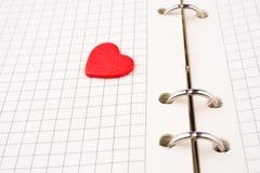 在笔记本的心脏 免版税库存照片