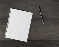 在笔记本的空白页 免版税图库摄影