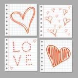 在笔记本页的乱画心脏 动画片重点极性集向量 免版税库存照片
