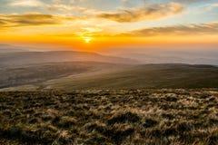 在笔Y爱好者,山脉,威尔士英国的日落 免版税图库摄影