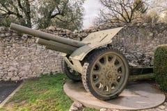 在第一次世界大战期间使用的轮子的大炮 免版税库存图片