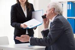 在第一次工作面试中的妇女 免版税库存图片