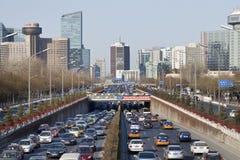 在第三条环行路,北京,中国的交通堵塞 免版税图库摄影