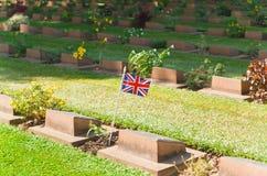 在第二次世界大战墓地的严重石头, 库存图片