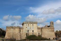 在第勒尼安海的岸的堡垒Sangallo在聂图诺,意大利 库存照片