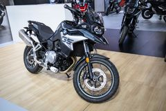 在第54个贝尔格莱德国际汽车和汽车展示会的BMW摩托车 库存照片