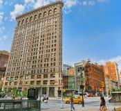 在第5条大道的Flatiron大厦在麦迪逊广场公园附近 都市 免版税库存照片