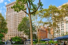 在第5条大道的Flatiron大厦在麦迪逊广场公园附近 都市 库存图片