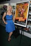 """在签署的党的Geneviere安徒生""""糖Boxx"""" DVD发行的,黑暗的纤巧,柏本克, CA. 05-14-11 库存照片"""