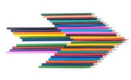 在箭头形状的五颜六色的铅笔  库存照片