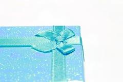 在箱子的丝带 免版税库存照片