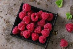 在箱子的新鲜的莓 免版税库存照片