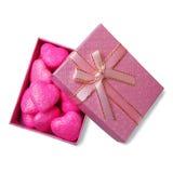 在箱子的桃红色心脏 库存照片