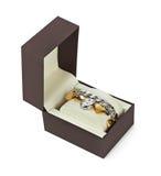在箱子的豪华妇女手表 库存照片