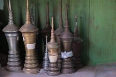 在箱子的Stupas 免版税库存图片