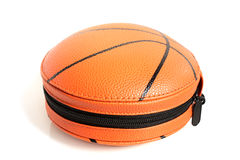 在篮子球形状的CD的盒  免版税库存照片