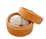在篮子的中国小圆面包 免版税图库摄影