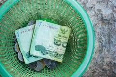 在篮子的泰国货币 库存图片