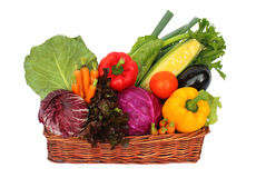 在篮子的蔬菜 免版税库存照片