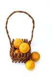 在篮子2的桔子 免版税库存图片