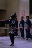 在米兰商展的传统日本人舞蹈 免版税库存照片