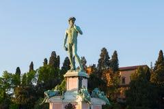 在米开朗基罗广场的大卫雕象在hillsid的朱塞佩Poggi 免版税库存图片