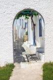 在米科诺斯岛海岛上的传统希腊建筑学 免版税库存照片