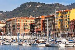 在精密和豪华游艇,法国口岸的看法 免版税库存照片
