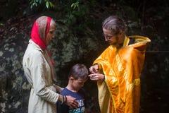 在精神诞生期间-洗礼的基督徒圣礼 免版税库存照片