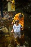 在精神诞生期间-洗礼的基督徒圣礼 库存照片